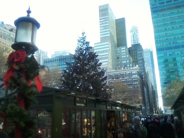 manhattan xmas fair tree