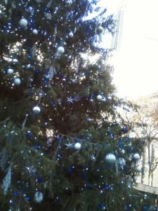 ny public library xmas tree
